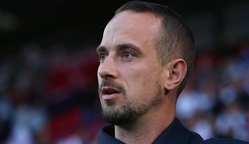 International: Rassismus: Englands Frauen-Trainer Sampson entlassen