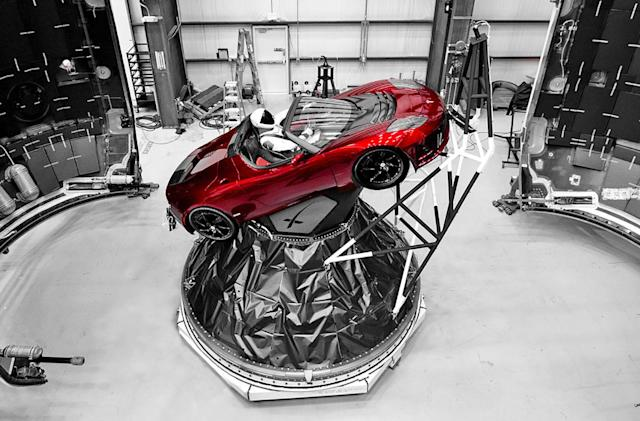 SpaceX's Falcon Heavy launch gets a spacesuit-clad 'Starman'