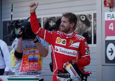 Vettel da a Ferrari la pole en el Gran Premio de Rusia
