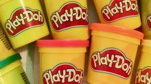 Hasbro describe el olor de la plastilina Play-Doh y parece que habla de un bizcocho