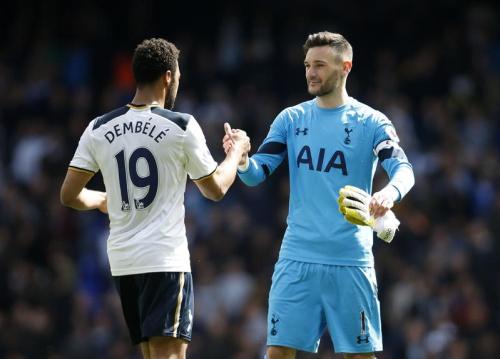 Tottenham ne lâche pas Chelsea