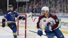 Burakovsky scores 2, Avs beat Blues to clinch playoff berth