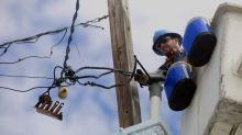 Restablecida la luz a restantes clientes afectados por apagón en Puerto Rico
