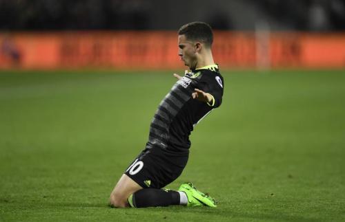 Arsenal respire, Hazard porte Chelsea, Tottenham s'accroche