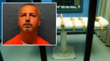 Serial killer who preyed on older gay men executed by lethal injection