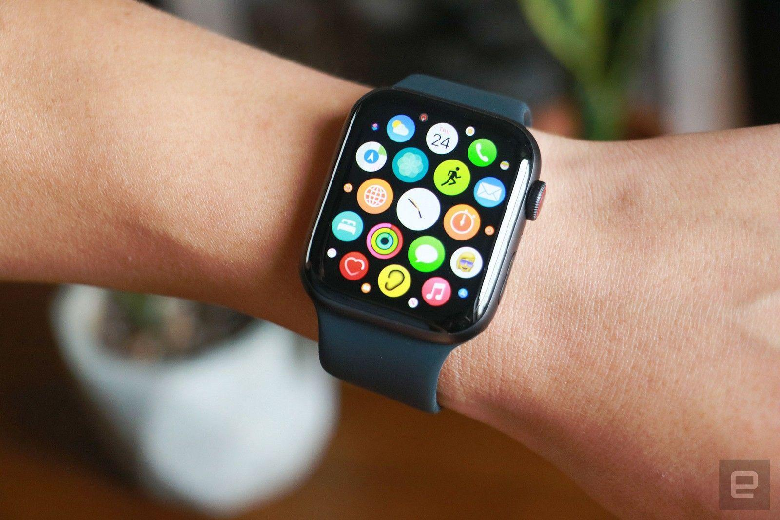 The Apple Watch SE drops to $259 on Amazon - Engadget