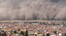 Extraordinary moment Turkey province Ankara hit by freak sandstorm