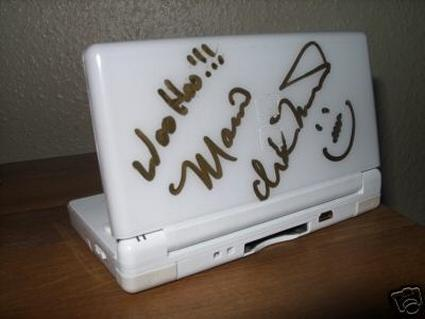 It's-a-me, Martinet! Signing your DS!