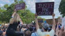 Las protestas no amainan en EE.UU., que ahora incluyen cacerolazos