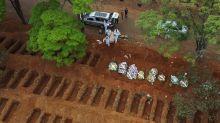Covid-19: Brasil tem 76.688 mortes e 2.012.151 casos confirmados, dizem secretarias de Saúde