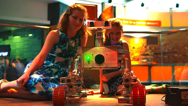 Mars Rover Replica Built By Teen Sisters