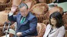 Giappone, ministro cybersecurity: mai usato computer in vita mia