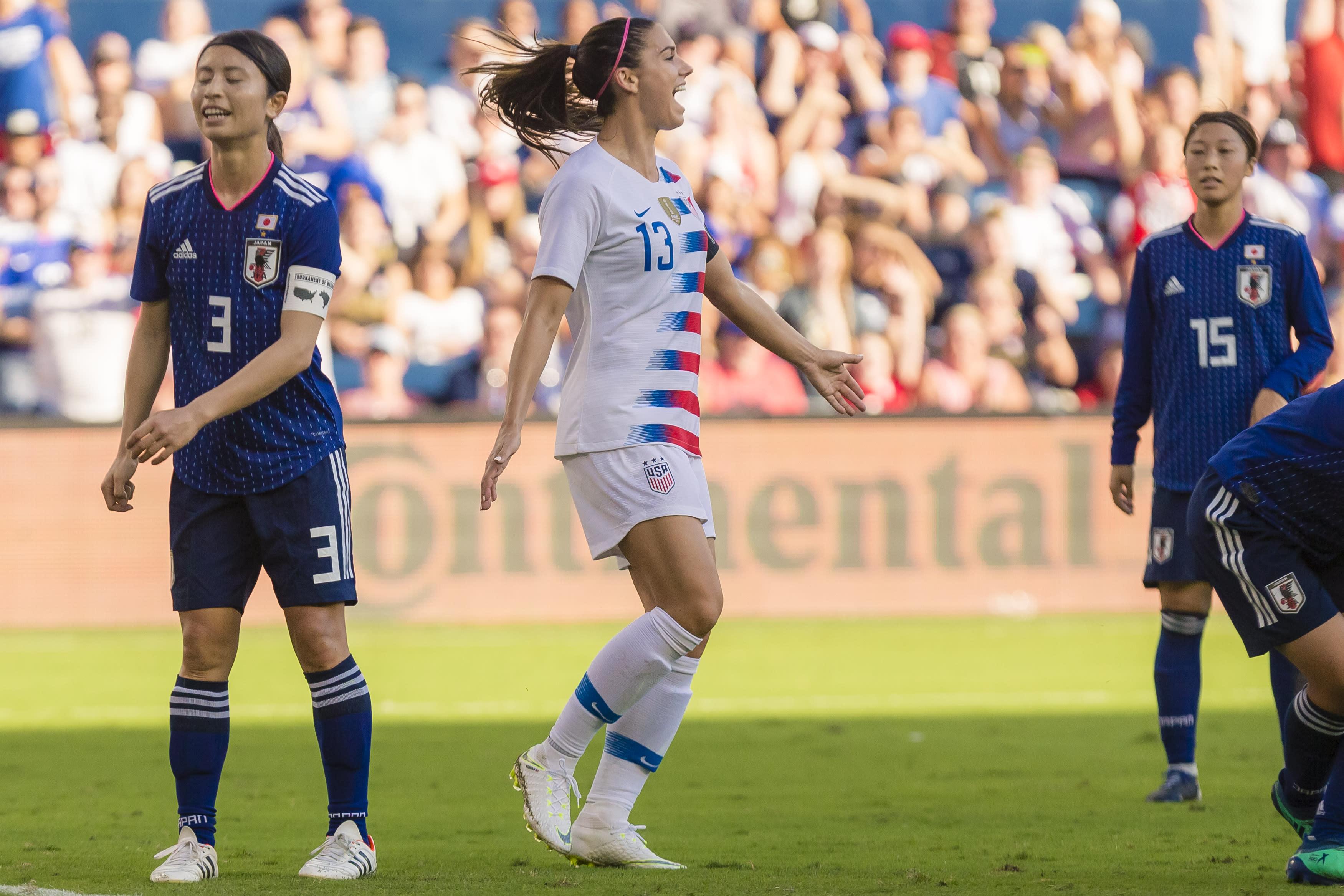 482d2f88e Us Womens Soccer Team T Shirts Controversy - Nils Stucki Kieferorthopäde