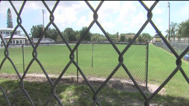 Manhunt: Bradenton Police search for men who shot and killed a man in front of children at peewee football practice