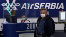 Naciones relajan restricciones; más aerolíneas reanudan