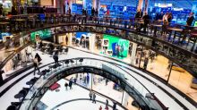 Euro zone consumer sentiment rises slightly in October