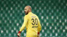 Foot - L1 - ASSE - Jessy Moulin (Saint-Étienne) après la défaite à Strasbourg : « L'arbitre, on ne peut pas lui parler de toute façon »