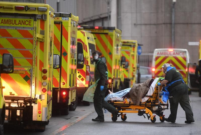 El Reino Unido registra 1.295 nuevas muertes por coronavirus