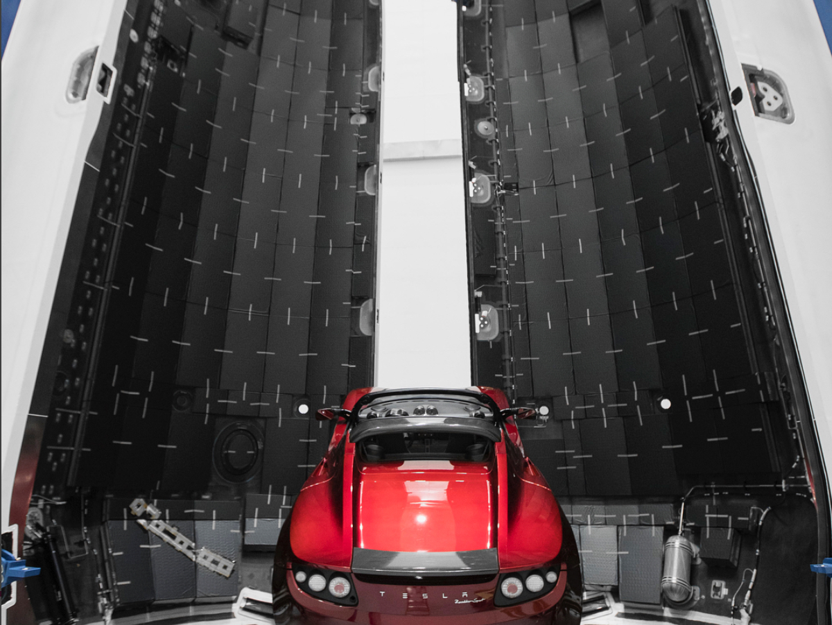 Tesla Roadster Midnight Cherry >> Elon Musk Makes It Official: Falcon Heavy is Taking Tesla Roadster to Mars