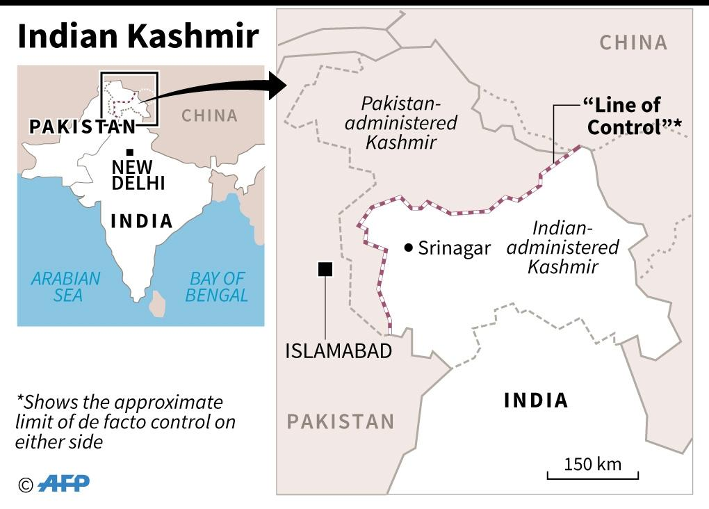Indian and Pakistani troops regularly exchange fire across their Kashmir border known as the Line of Control (LoC) (AFP Photo/)