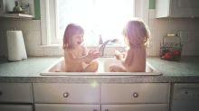 Les parents devraient-ils partager des photos de leurs enfants nus sur les réseaux sociaux ?