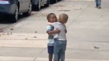 Social Media Is Falling In Love With These 2 Toddlers Hugging In The Street
