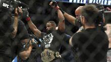 Woodley destroys Till to retain UFC title