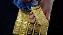 Gold Prices Edge Lower on Firmer Dollar