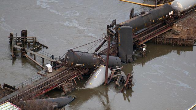 Investigators look into cause of train derailment in NJ