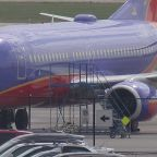 Southwest responds to passenger complaints after reported system-wide outage