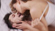 Por que os homens tem dificuldade em demonstrar o prazer no sexo?