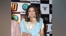 Tanushree Dutta Gives Elegant And Fuss-free Navaratri-wear Goals With Her Sharara