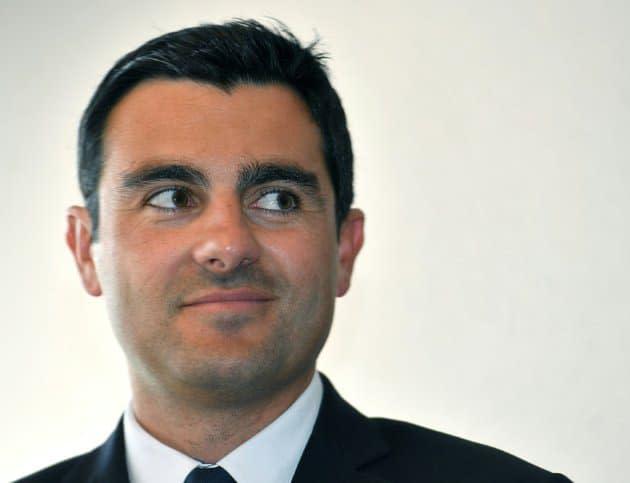 La justice embourbée face au cas du député Simian, accusé de harcèlement dans le cadre d'un divorce houleux
