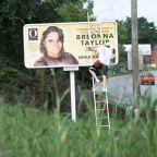 Oprah places billboards around Louisville demanding justice for Breonna Taylor