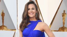 A buzzed Jennifer Garner gives fans a tour of her purse — and there's some weird stuff inside