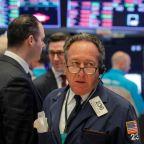 S&P 500 gains, Nasdaq hits new high as investors eye earnings, coronavirus