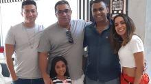 Anitta conhece o novo irmão mais velho, Felipe Terra