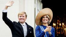 Le roi et la reine des Pays-Bas s'excusent après avoir enfreint les consignes sanitaires