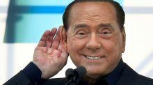 Ex-premiê italiano Silvio Berlusconi está com COVID-19