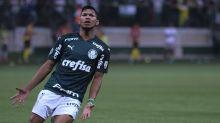 Advogado de Rony critica a Fifa e acredita que atacante jogará o Dérbi