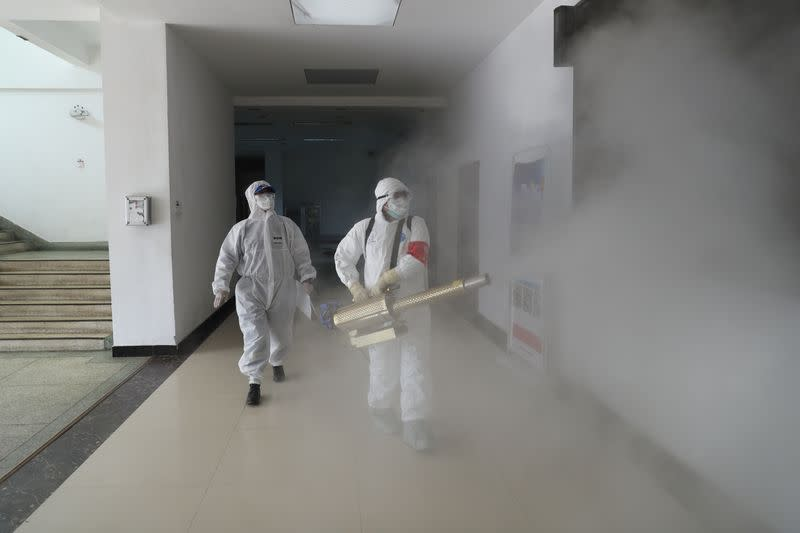 China coronavirus death toll hits 2,592