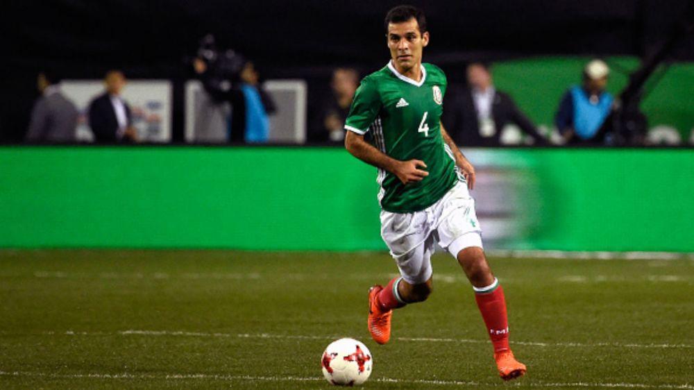 Rafa Márquez no puede regresar a las canchas aún