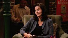 La hija de Courteney Cox es tan fan de Friends que se duerme con la serie de fondo