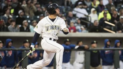 Tebow puts slump behind him with homer