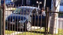 Almirante Brown: le robaron el auto en la puerta de la casa con su hijo adentro