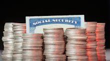 Economist explains why Americans shouldn't claim Social Security at age 62