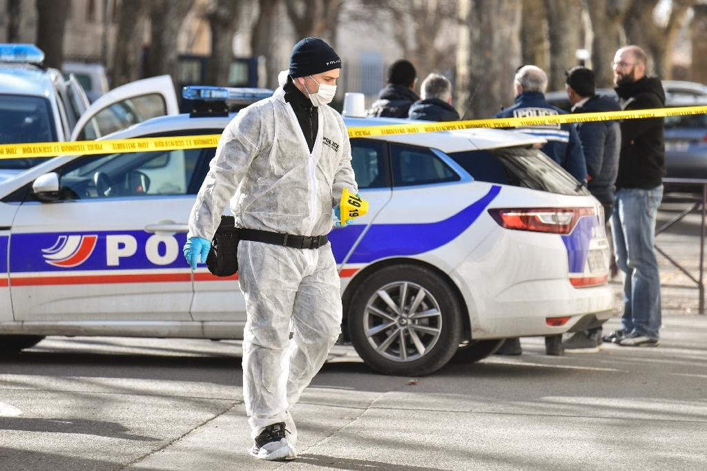 Police recovered at least 11 cartridge cases from the scene, including some from an automatic rifle (AFP Photo/GERARD JULIEN)