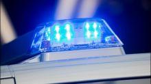 Mann attackiert seine Frau während Autobahnfahrt mit Messer