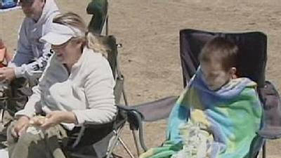 Cold Weather Puts A Chill On Folsom Lake Visitors
