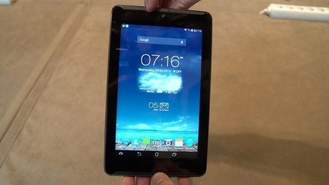 First Look: The Asus Fonepad 7: an Android phone with a huge 7-inch screen.